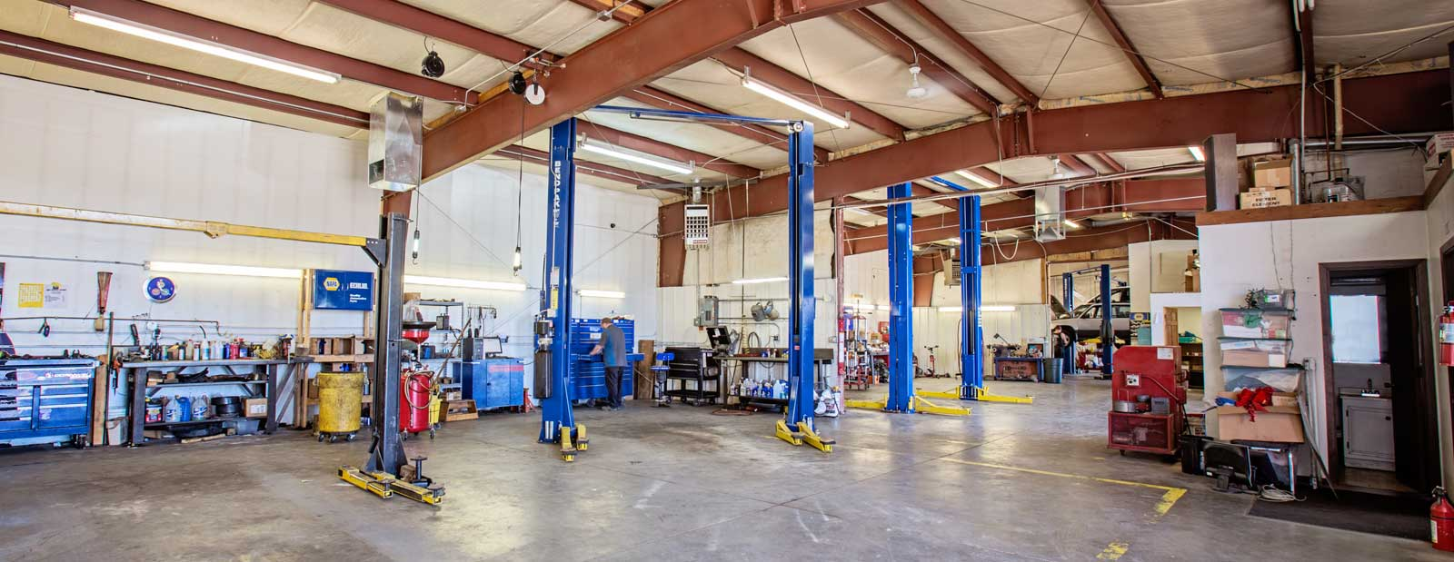 Antonelli's Advanced Automotive Garage near Redlands , CO